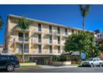 Wilshire Catalina Regency - Two BR Two BA