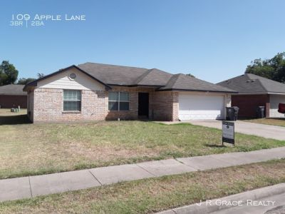 Single-family home Rental - 109 Apple Lane