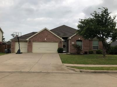 3 Bed 2 Bath Preforeclosure Property in Little Elm, TX 75068 - Bridgeport Dr