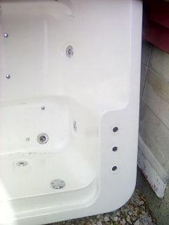jaccuzi tub