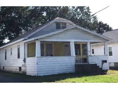 3 Bed 1.0 Bath Preforeclosure Property in Albany, NY 12205 - Elmhurst Ave