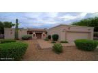 N. Scottsdale- Upgraded Home, Guest Casita, Country Club Com