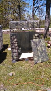 Camo hunting blind/stand