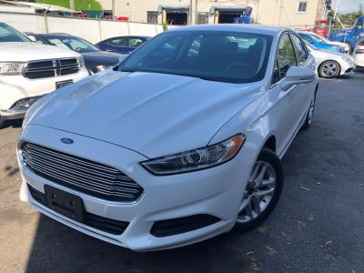 2016 Ford Fusion 4dr Sdn SE FWD (White)