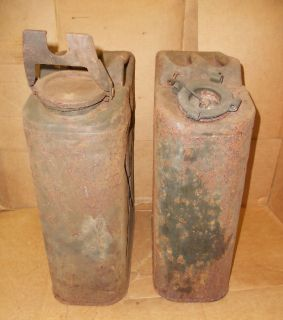 VINTAGE PAIR OF ARMY MILITARY GAS CANS 5 GALLON STEEL