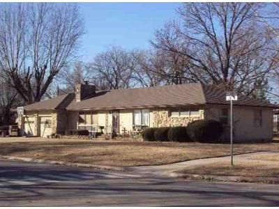 3 Bed 2 Bath Foreclosure Property in Erie, KS 66733 - S Lincoln St