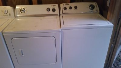 Whirlpool super capacity washer and dryer set