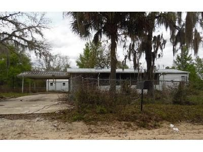 3 Bed 2 Bath Foreclosure Property in Interlachen, FL 32148 - 7th