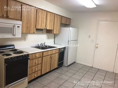 2 bedroom home for rent. Great location near 4th St N business district!