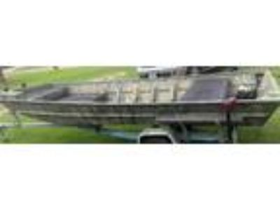 2017 aluma weld boat and trailer. 2,800 obo