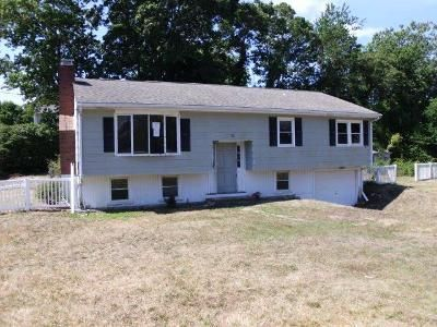 3 Bed 1 Bath Foreclosure Property in East Falmouth, MA 02536 - Broken Bow Ln