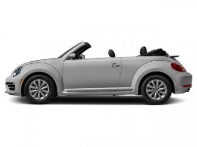 2019 Volkswagen Beetle Convertible SE (White Silver Metallic/Black Roof)