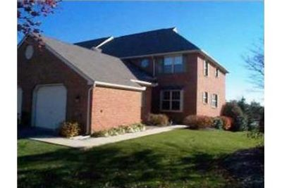 2 bedrooms Apartment - Woods Edge Townhomes are located off of South Centerville. Washer/Dryer Hooku