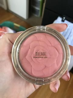 Never been used rose Milani blush