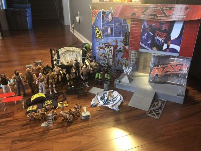 WWE Set-Lots of awesome things-see description