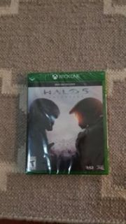 Halo 5 XBOX ONE - never opened