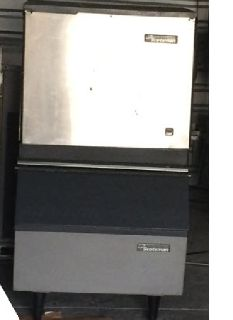 Commecial Scotsman Ice Machine c3
