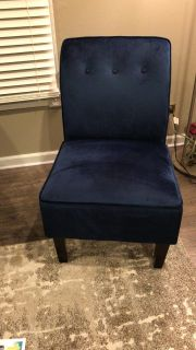 Accent chair set - like new