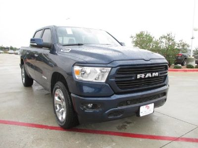 2019 RAM 1500 BIG HORN / LONE STAR CREW CAB (Patriot Blue Pearlcoat)