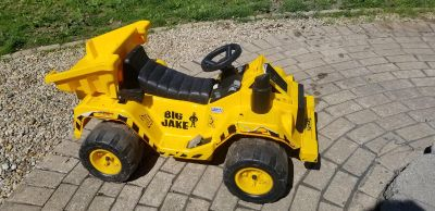 Big Jake Power Wheel! NEEDS NEW BATTERY/CHARGER. Not tested this year! FIRST COME! MACKINAW PICKUP