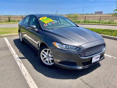 2016 Ford Fusion 4dr Sdn SE FWD (Gray)