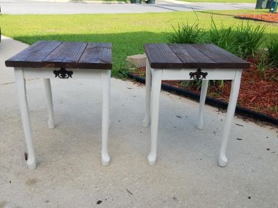 Two small accent tables/ end tables