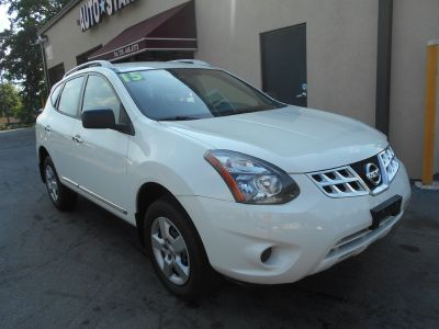 2015 Nissan Rogue Select S (White)