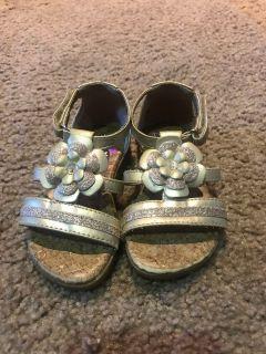 Dora light up sandals