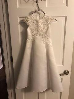 Communion dress size 4 with veil
