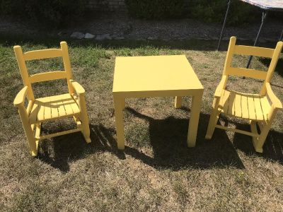 Kid s Table & 2 Rocking Chairs
