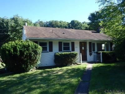 2 Bed 2 Bath Foreclosure Property in Johnstown, PA 15905 - Wonder St