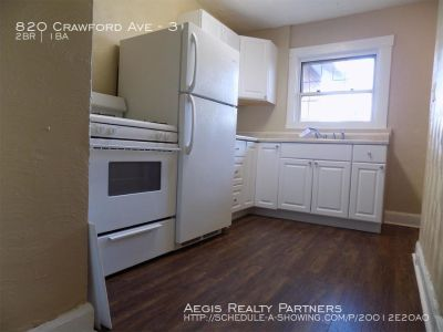 Apartment Rental - 820 Crawford Ave