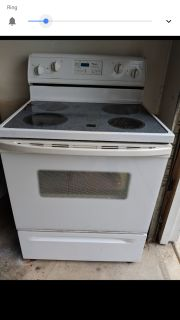 Whirlpool flat top electric stove/oven