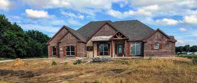 111 Crosswind Drive Waxahachie Three BR, Welcome to Pioneer