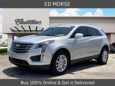 2018 Cadillac XT5 Base (Radiant Silver Metallic)