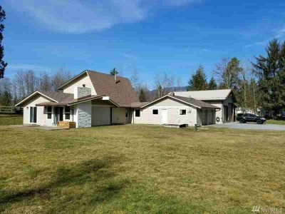 5520 State Route 9 Sedro Woolley Four BR, Nicely updated custom