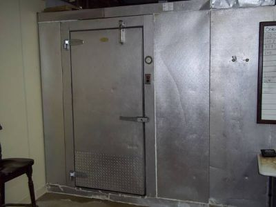 Large Walk In Cooler and Freezer