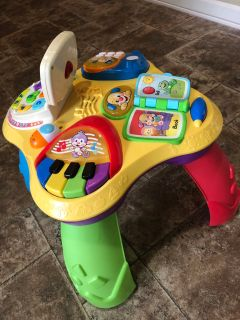 Fisher price toddler play table