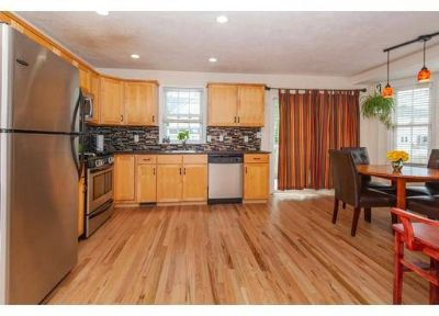 26 Oakwood #-` Boston, Immaculate end unit townhouse w 4