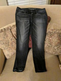 American Eagle Black faded jeans
