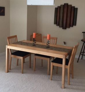 Modern Solid Wood Extendable Table & Chairs