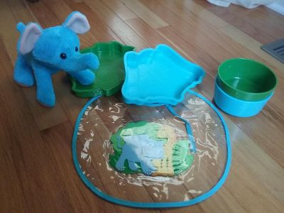 DINNER/LUNCH/SNAK SET W/MATCHING BIB & ELEPHANT PLUSH ANIMAL...48 HR PICK-UP **PPU FOR ITEMS $10 OR LESS (READ DESCRIPTION FOR P/U SPOTS)