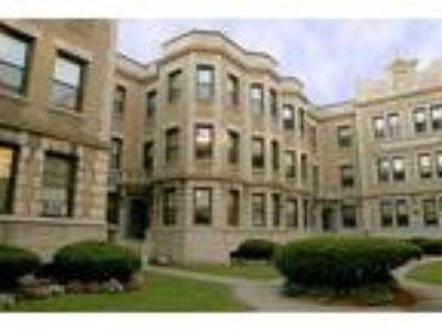 Gardner Court Apartments - 4 BR