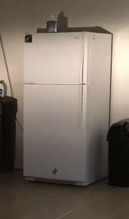 Free refrigerator and Trundle bed