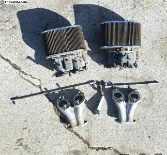 Dual Solex 40 P11-4 carburetors with intakes