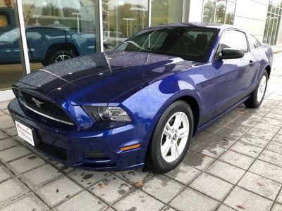 2013 Ford Mustang V6 Premium (blue)