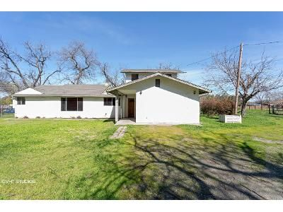 3 Bed 2 Bath Foreclosure Property in Los Molinos, CA 96055 - Butler St