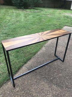 GORGEOUS ENTRY TABLE 55 x 14GREAT CONDITION!! PPU in Hville