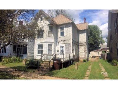 3 Bed 2 Bath Foreclosure Property in Marietta, OH 45750 - Maple St