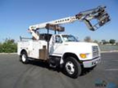 Used 1998 Ford F700 for sale.
